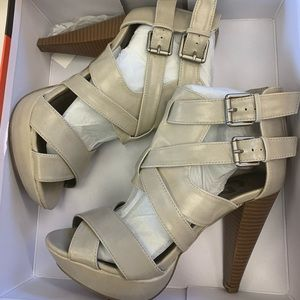 GUESS Dixie heeled sandals, taupe